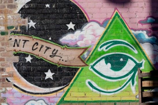 graffiti: crescent