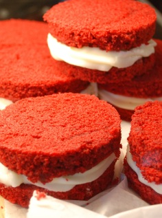 Red Cake-wiches